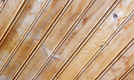 Peindre des poutres en bois comment peindre for Peindre du lambris