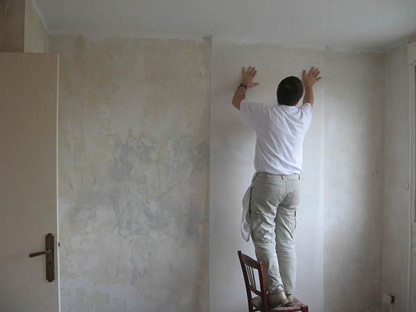 pose papier à peindre intissé et lisse